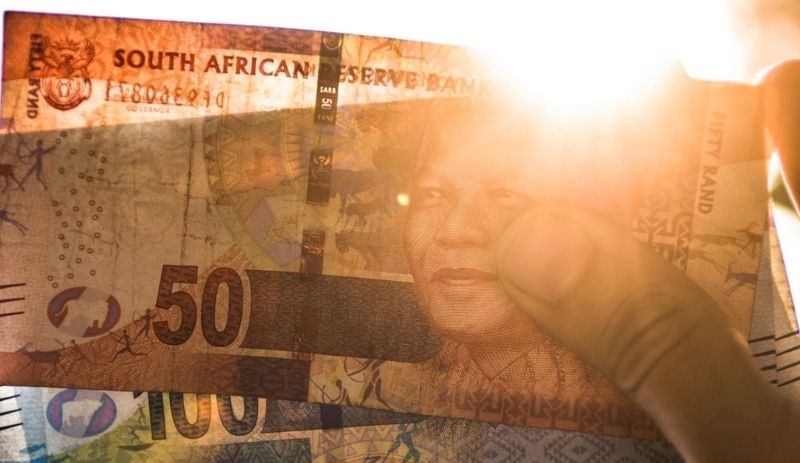 SA current account in surplus