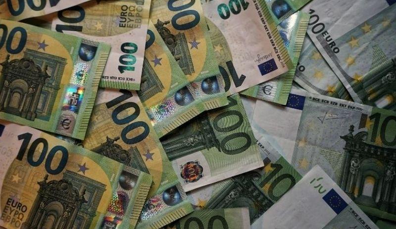 ECB stimulus boosts rand