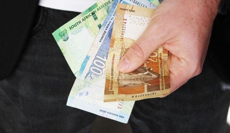 Rand devalues rapidly