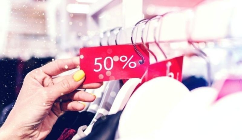 SA retail sales plummet